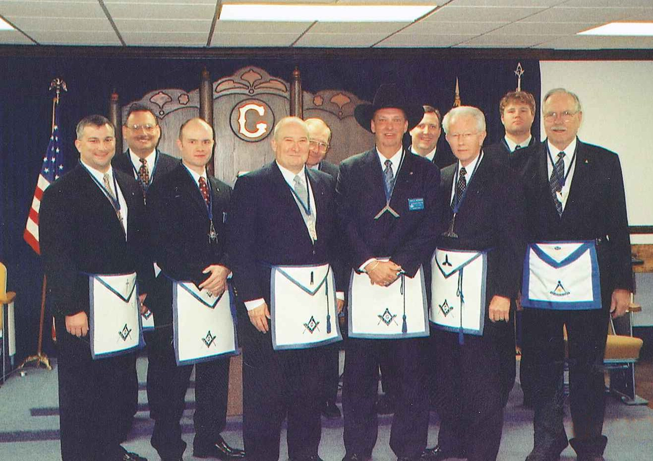 As we celebrate the installation of our new officers, we look back to the installa-tion of Gary McDon-ald and his officer line. We would like to thank Past Master Mark Mueller for providing the image and continue to en-courage anyone with historic images to forward copies to the Lodge Secretary.